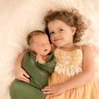 newborn broer zus